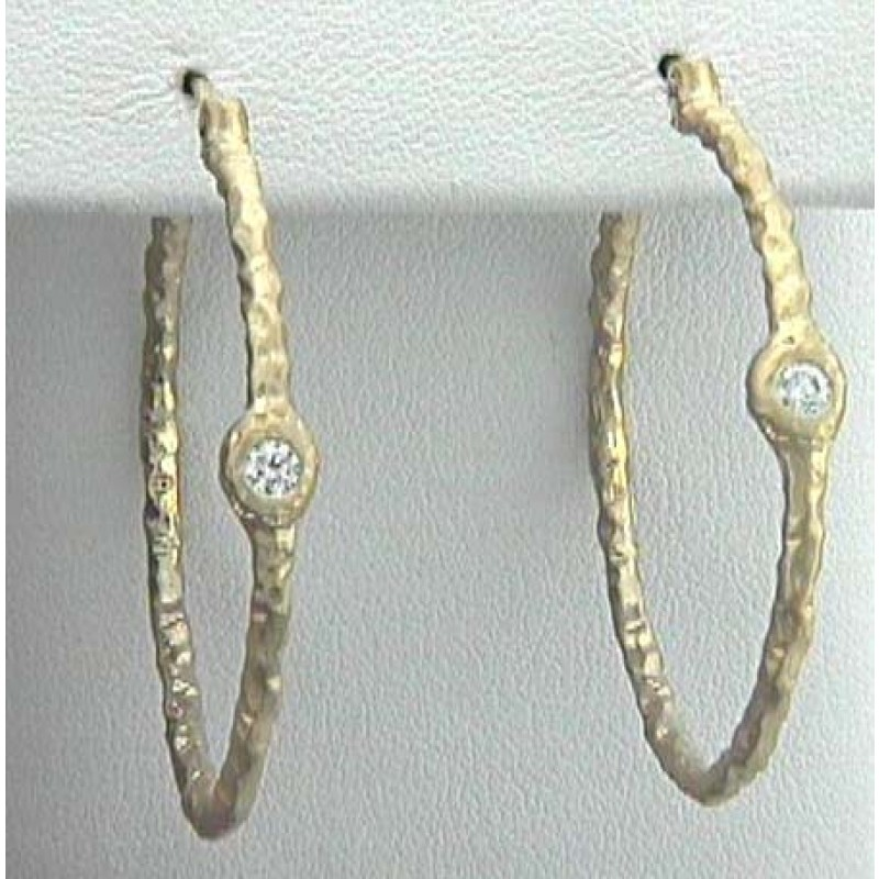"EAR. 18K w/0.22CTS DIAM. HOOPS 1-1/2"" CLOSE-OUT HOOP"