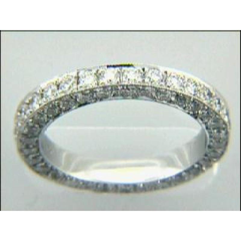 LADIES  BAND 18K w/2.17 CTS DIAMONDS ETERNITY