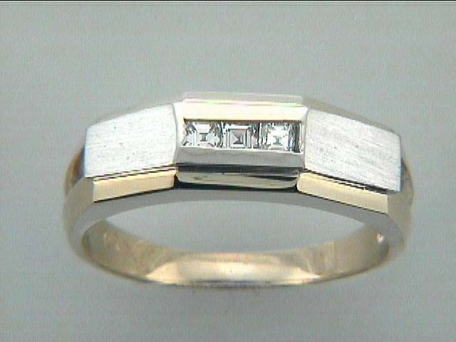 GENT'S RING 14K w/0.20CTS DIAMONDS