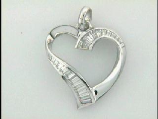 LADIES PENDENT 18K  w/1.00CTS DIAMONDS HEART