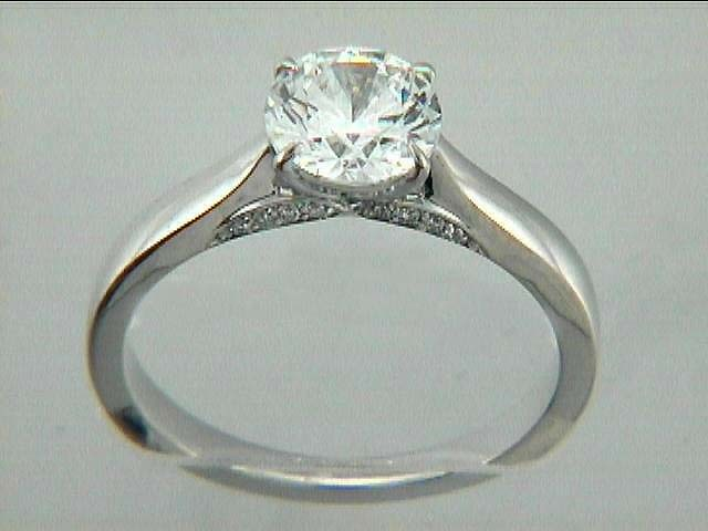 ENG. 18K w/0.06CTS DIAMONDS (center extra)