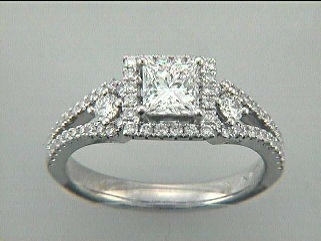RING 18K w/0.55CT DIAMONDS (center extra)