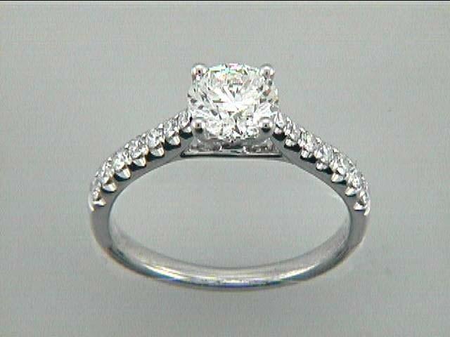 LADIES RING 18K w/0.33CT DIAMONDS (center extra)