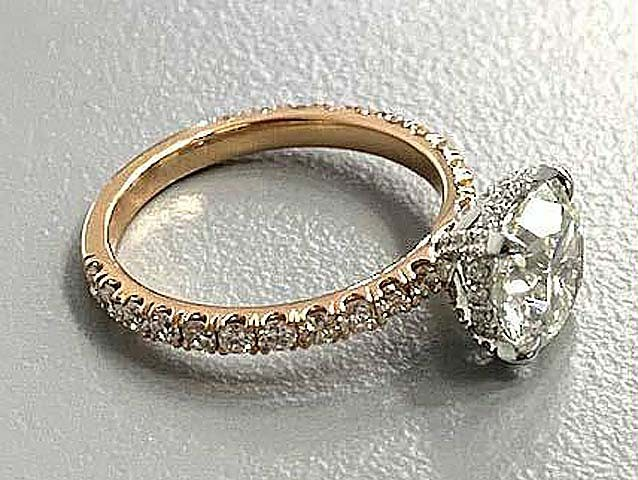 ENG.  18K ROSE+WG w/0.46CT ROUNDS(center extra)