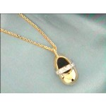 LADIES PENDENT 18K w/0.10CTS DIAMONDS