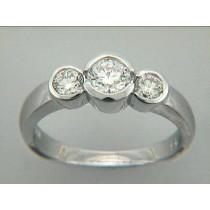 RING 18K w/0.75CTS DIAMONDS 3 STONE