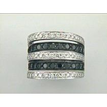 RING 18K w/2.26CT WHITE AND BLACK DIAMONDS