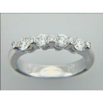 WEDDING  18K w/0.64CTS DIAMONDS RIGHT HAND