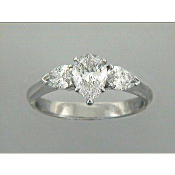 RING PLATINUM w/0.57CT PEAR SHAPES(center extra)